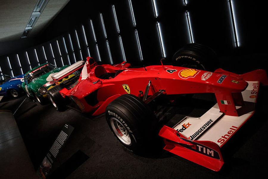 法拉利70周年紀念展舉行 參展跑車價值1.4億英鎊