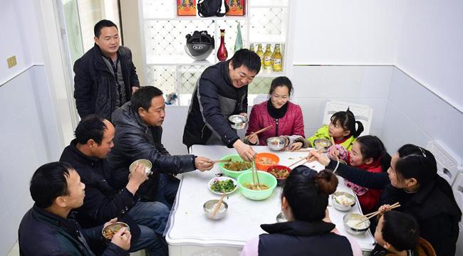 陜西漢濱:新型農村社區建設顯成效