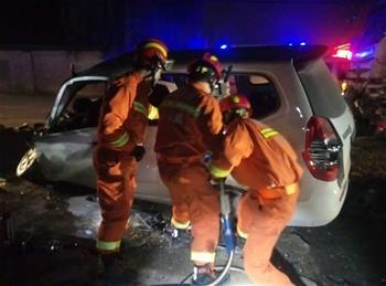 西安發生一起交通事故 已致10人死亡