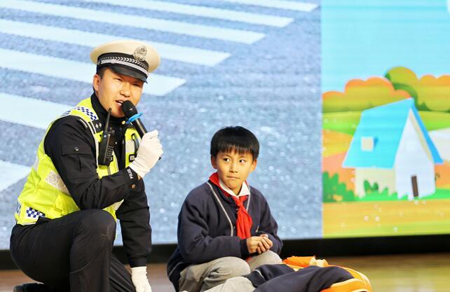 """""""讓愛在身邊"""" 關注兒童安全走進西安國際港務區"""