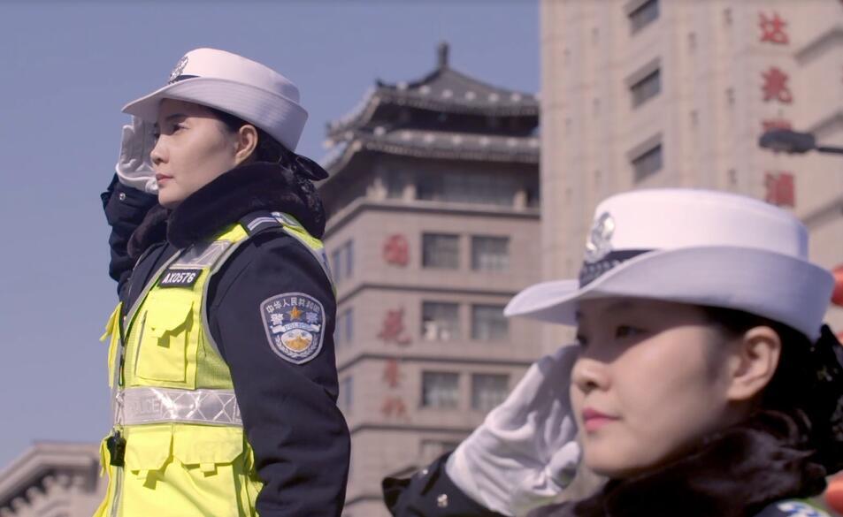 西安交警西華門女子示范崗的女警故事