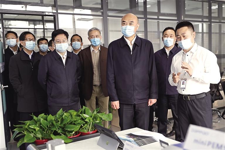 劉國中:推動創新驅動發展盡快見效成勢